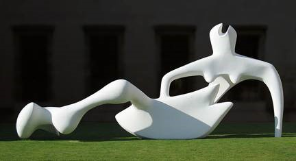 Henry Moore, Reclining Figure, 1951. Painted bronze. Fitzwilliam Museum, Cambridge. Photo by Andrew Dunn.